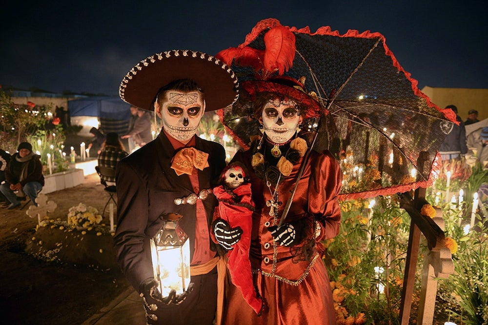 On the hunt for how do we celebrate Halloween in Mexico?