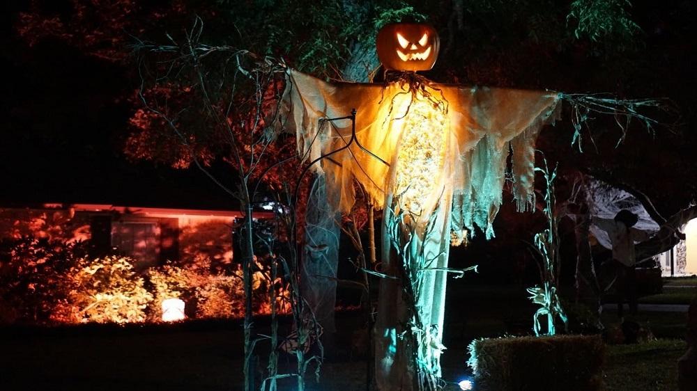 scary outdoor Halloween decoration ideas