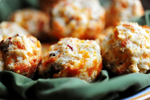 Bacon Onion Cheddar Biscuits- cool food ideas for Thanksgiving