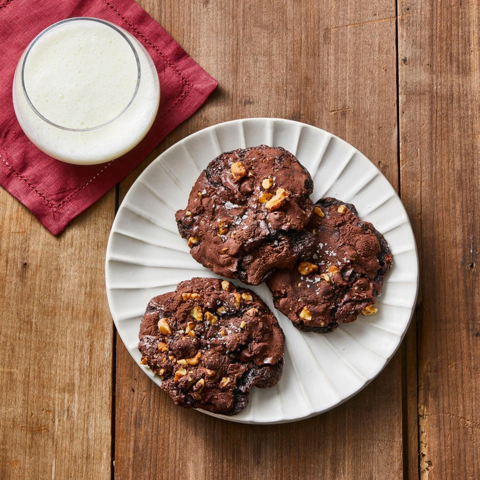 Flourless Chocolate-Walnut Cookies- best chocolate Thanksgiving desserts