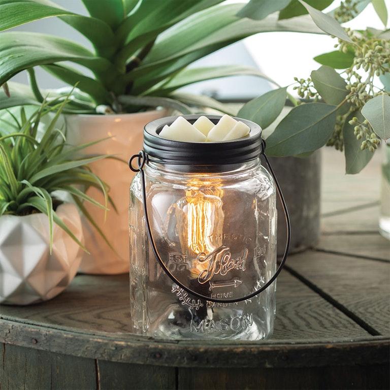 Mason Jar Light Bulb- best hostess gifts for Thanksgiving