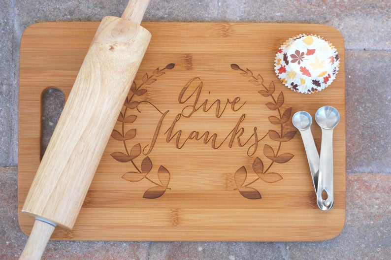 """""""Give Thanks"""" Personalized Cutting Board"""
