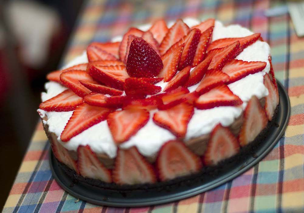 Strawberry Chocolate Mousse Cake- best chocolate Thanksgiving desserts