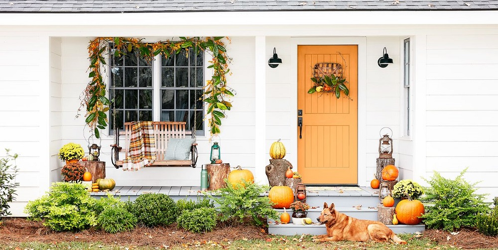 Thanksgiving outdoor decoration ideas - door decor