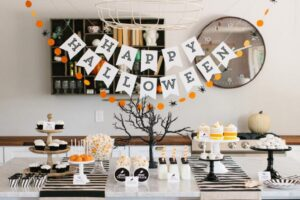 How To Decorate For A Halloween Party?