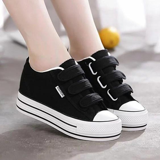 新款厚底內增高帆布鞋女鞋魔術貼百搭學生鞋黑色小白鞋子   摩可美家 - Rakuten樂天市場