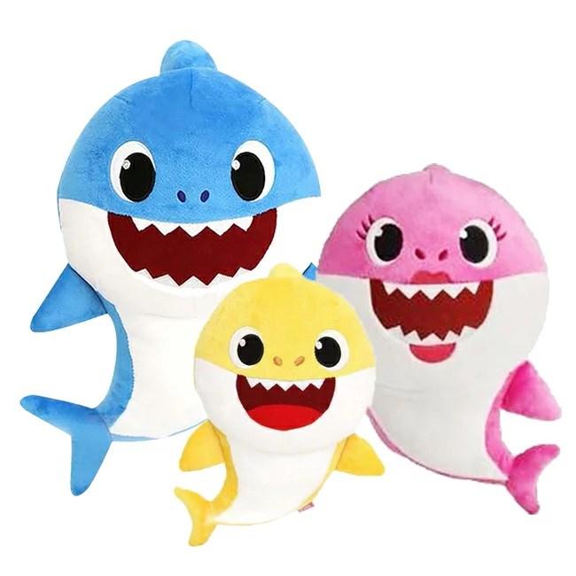 鯊魚家族發聲音樂絨毛娃娃 Baby Shark (共3款可任選) (好窩生活節) | 麗嬰房 - Rakuten樂天市場