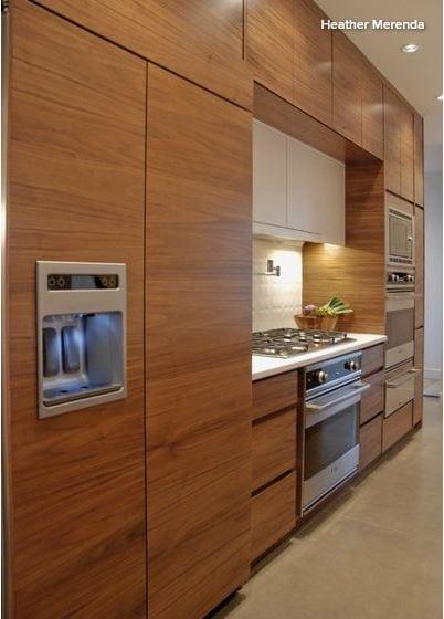 Realtor_Kitchen_3.JPG