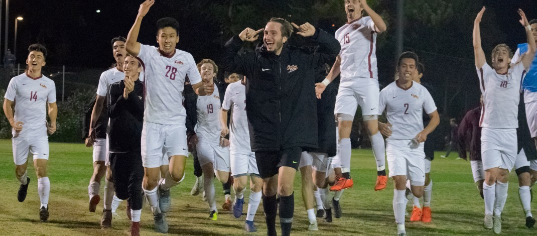 Stags strike early, roll Redlands for first SCIAC title since 2012