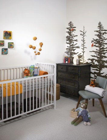 Central-Office-Furniture-Gloucester-Nursery-Modern-with-chest-of-drawers-crib