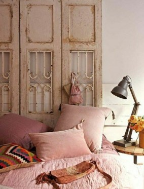 vintage-roses-bedroom-boho-chic-linen-cushion