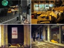 Άστεγοι, πεινασμένοι, παγωμένοι και… βαρελότα στην Αθήνα της ντροπής….