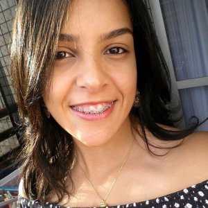 Victoria, aprovada em Biblioteconomia na UnB pelo PAS