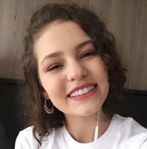 Sarah Carvalho, aprovada em Ciências Políticas na UnB pelo PAS