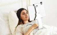 You need this iPad holder for bed!