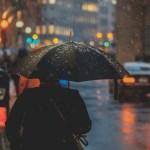 ゲリラ豪雨とは|原因や夕立・スコールとの違い、英語では何と言う?