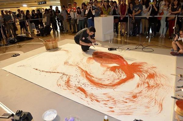 深堀隆介の金魚アート販売価格