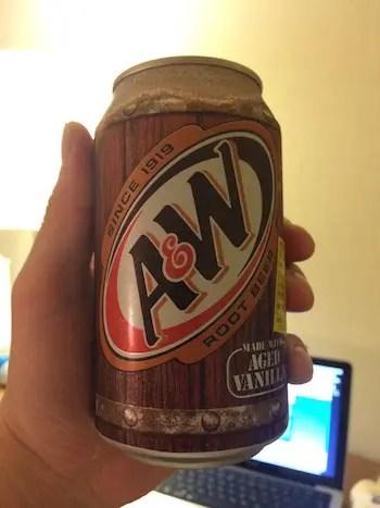 ルートビアA&Wバーガー缶ジュース