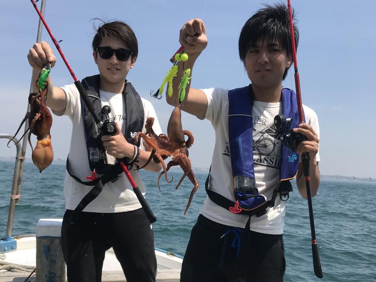5月13日(月)の釣果(マダコ船中62杯)