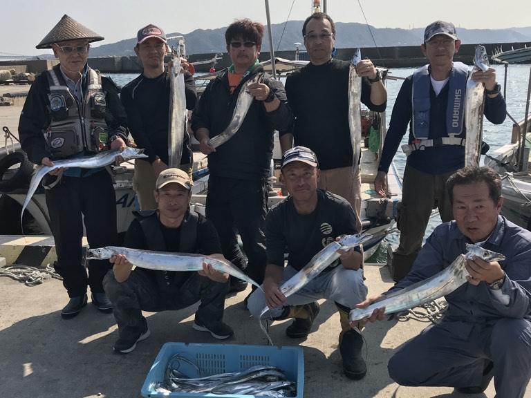 10月7日(月)の釣果(タチウオ船中115匹)