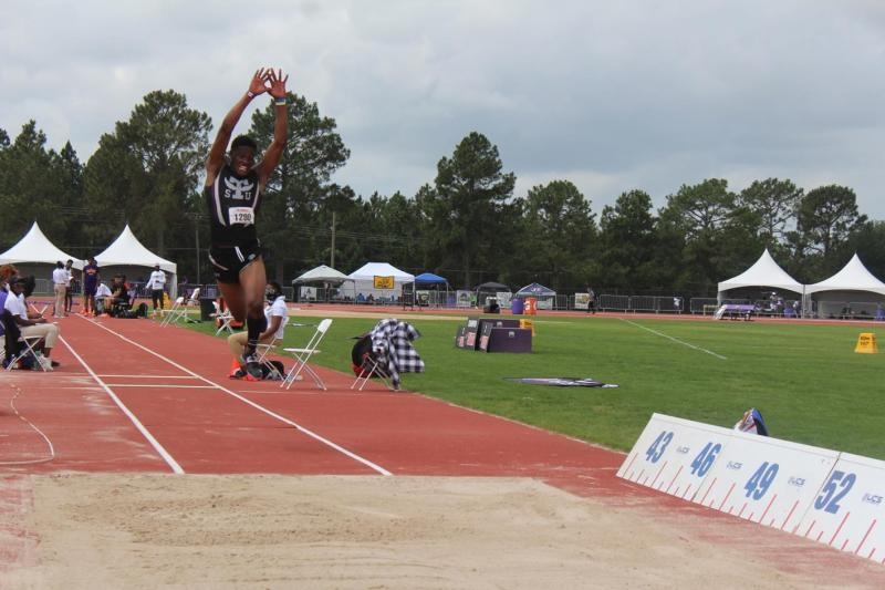 <div>Williams Has Another Strong Day, Men's Track & Field Finishes 4th At SWAC</div>