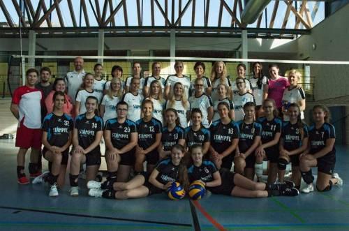 Erfolgreiche Kooperation und für neue Spielerinnen und Spieler immer offen: Die Volleyballer des TSV mit den Volleyballerinnen der Turn- und Sportunion Ostermiething