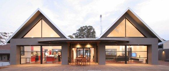 Murrumbateman extension - outdoor entertaining area between pavilions