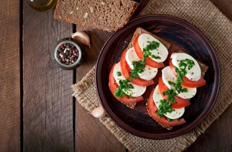 Insalata Caprese on whole grain bread