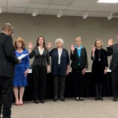 Newly Elected School Board Members Sworn In