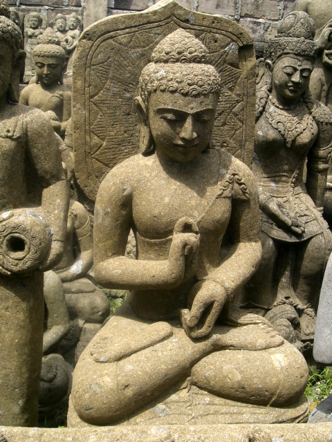 Budas Piedra  TTemplo