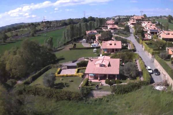 Villa unifamiliare due abitazioni