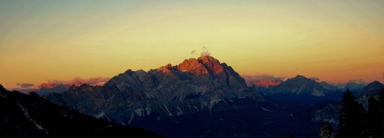 Sunrise Above Cortina © Bethany Lloyd