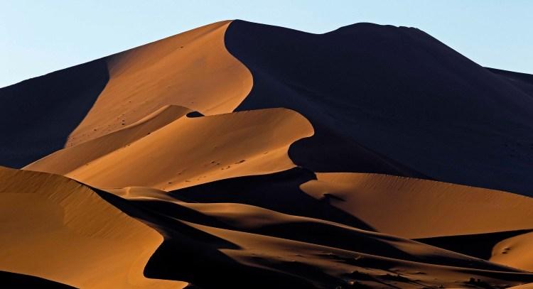 Multiple line dunes