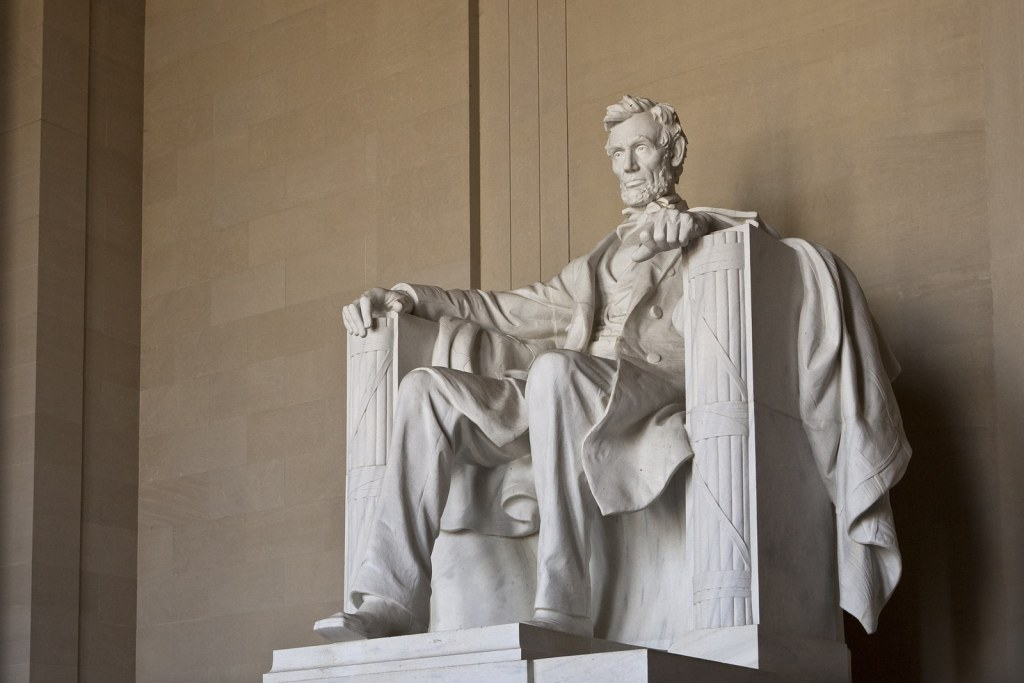 Abraham Lincoln Memorial in Washington DC United States by TTN Las Vegas