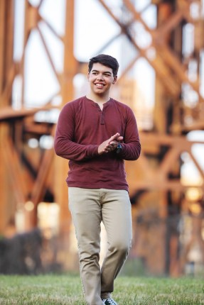 Senior Pictures at the Cleveland Bridge