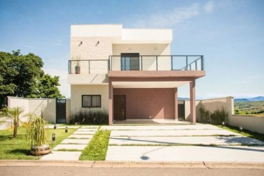 Fachadas de casas simples: 80 ideias e estilos para inspirar seu projeto