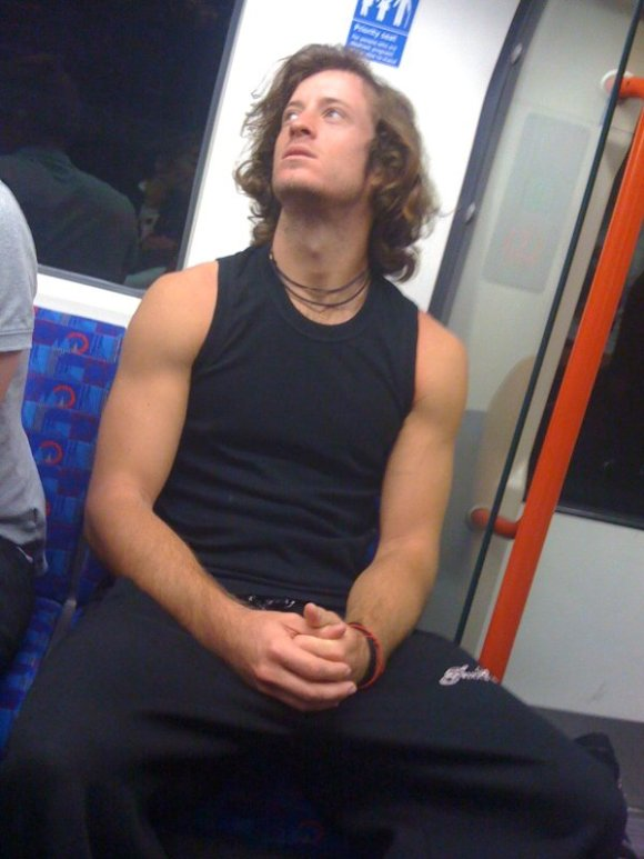 Urban Tarzan - TubeCrush.net