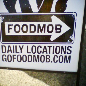 FOODMOB.