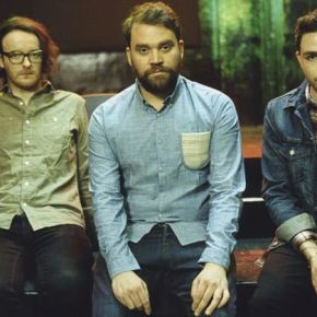 A word with Frightened Rabbit.