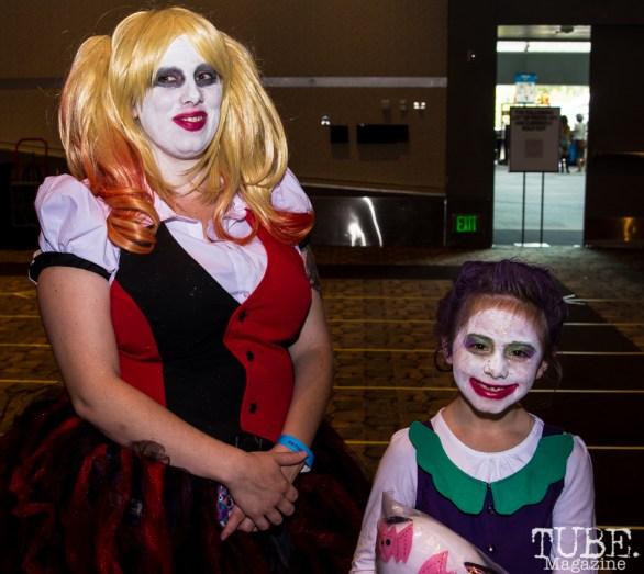 Fans waiting in line to meet Billie Piper. Sacramento Wizard World Comic Con 2015. Photo Sarah Elliot