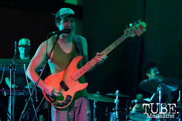 Bass player Drew Walker of Gentleman Surfer playing at Cafe Colonial in Sacramento, CA. August 2015. Photo Alejandro Montaño