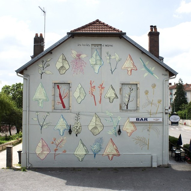 Les feuilles d'automne, a mural by Pastel in Besançon inspired by a Victor Hugo poem.