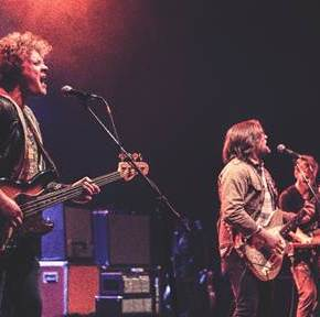 To Throw Light Upon the Sleeping: Sleepwalkers on Tour with the Lumineers