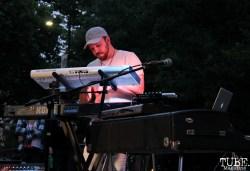 Keyboardist of James Cavern, Cesar Chavez Park, Sacramento, CA. May 6th, 2016. Photo Anouk Nexus