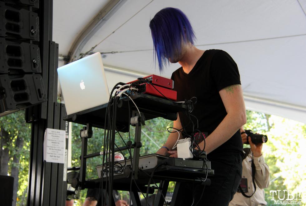 David Wright keyboardist of NMBRSTTN, Concerts in the Park, Cesar Chavez Park, Sacramento, CA. June 3, 2016, Photo Anouk Nexus