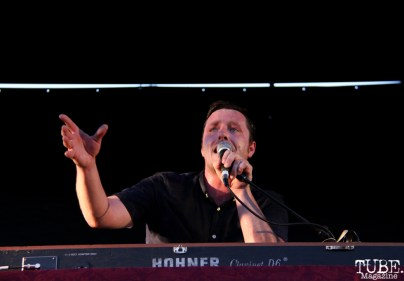 Vocals/Keyboardist Kelly Finnigan of Monophonics, Davis Community Park, Davis, CA. July 4, 2016. Photo Anouk Nexus