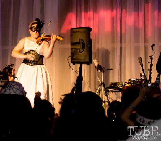 Art Mix Crowd, Art Mix Masquerade, Crocker Art Gallery, Sacramento, CA January 11, 2018, Photo by Daniel Tyree