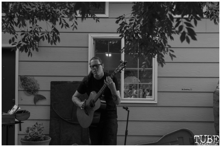 Adrian Bellue playing at The Brickhouse Gallery & Art Complex in Sacramento CA. May 4th, 2018. Photo Benz Doctolero