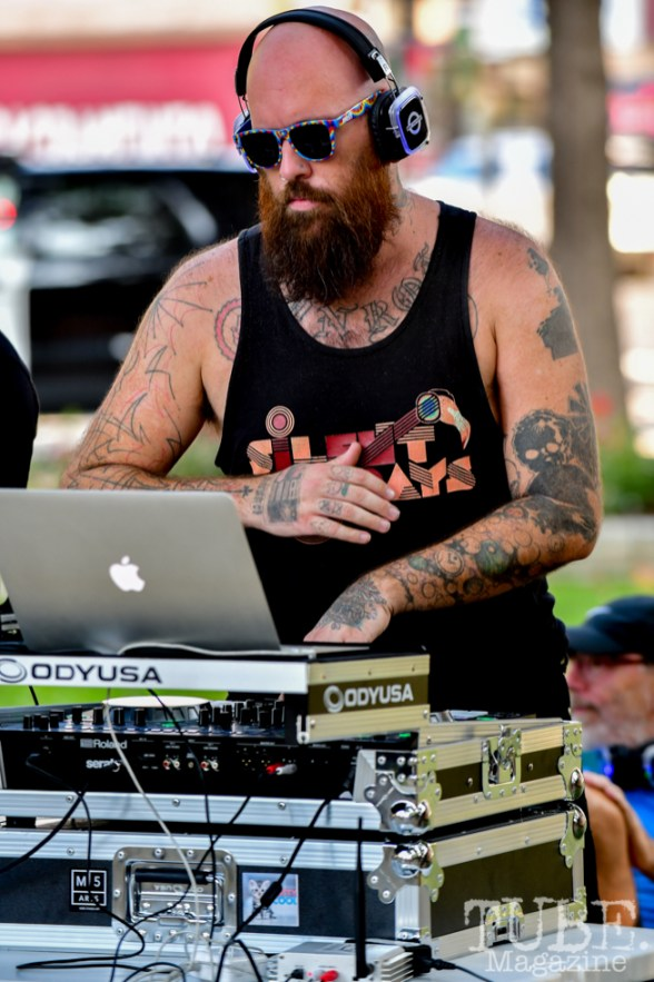 Chris Hopkins, Silent DJ'ing, Concerts in the Park, Cesar Chavez Park, Sacramento, CA. July 27, 2018. Photo by Daniel Tyree