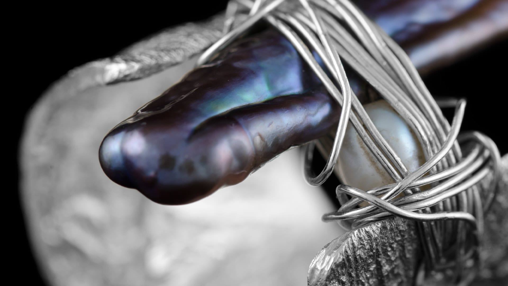 Artist Portfolio Ring